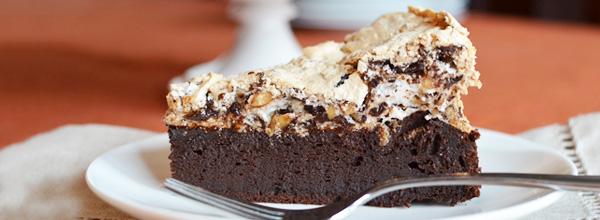 Receita: Torta Merengue de Chocolate com Castanhas