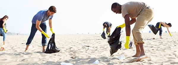 Será este o ano em que nos unimos contra o lixo nas praias?