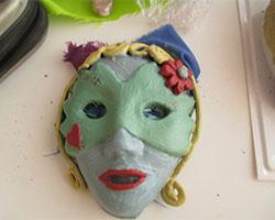 Máscaras em Argila